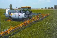 DTS10 sprayer, Hagie