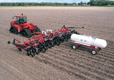 NTX5310 anhydrous strip till system, Case