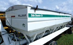 Willmar Side­shooter Tender