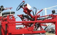 Hagie Hi-Tractor 437