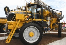 RoGator 1393 Sprayer