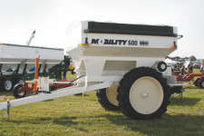 Dalton Ag Mobility Row Crop Dry Fertilizer Spreader