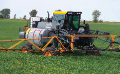 DTS8 sprayer, Hagie