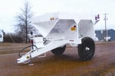 SMC1752SHC high clearance pull spreader, Simonsen Industries