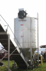Lo-Pro 102 vertical blender, Adams Fertilizer Equipment