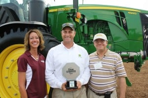 From left: Illinois Fertilizer & Chemical Association's Jean Payne, John Deere's Craig Weynand and CropLife IRON's Eric Sfiligoj.
