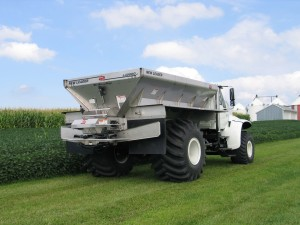 New Leader L4000G4 Spreader