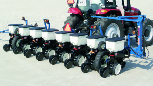 Kinze Announces New Mounted Planter Line For 2013