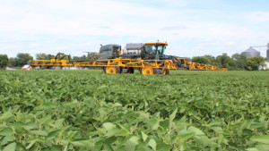 Hagie Launching Redesigned STS Sprayers In 2014