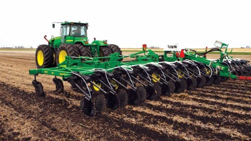 John Deere 2510H Nutrient Applicator