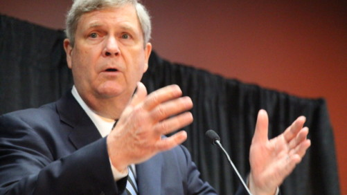 USDA Secretary of Agriculture Tom Vilsack talks the new Farm Bill at the 2014 Commodity Classic in San Antonio, TX.