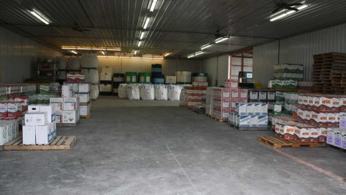 Warehouse with package crop protection products