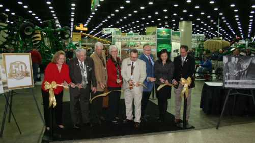 Ribbon cutting at 2015 National Farm Machinery Show