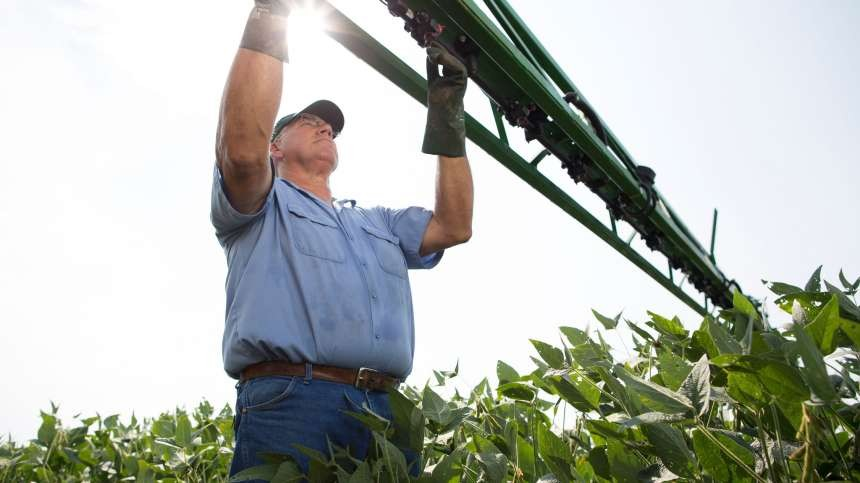 Sprayer Clean-Out Gets New Attention