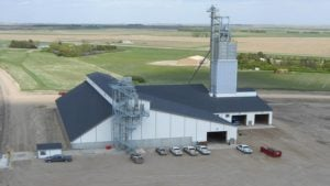 CHS Dakota Expansion Features AGCO's GSI InterSystems Handling Equipment