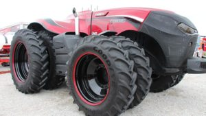 New Case IH Autonomous Tractor Concept Leaves Farm Progress Show Crowd Buzzing