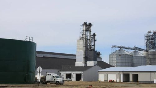 The-new-plant-at-United-Farmers-Cooeprative-in-Brownton-MN-is-an-integrated-site-with-dry-fertilizer-liquid-fertilizer-and-grain-storage.