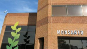 Monsanto Celebrates Completion of Research Center Expansion