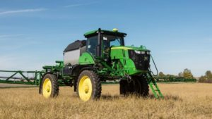 John Deere Adds R4044 Sprayer to Self-Propelled Applicator Line